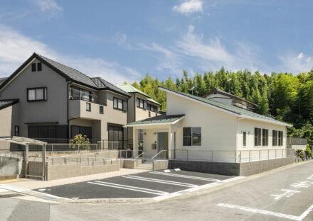 名古屋市緑区の介護施設の駐車場付の接骨院付デイサービス