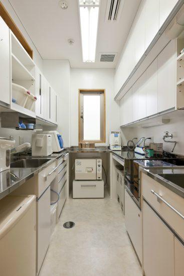 名古屋市東区の医療施設の2階消毒・印象流し室