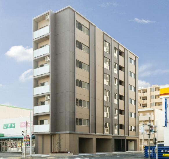 名古屋市中川区の賃貸マンションのブラウンの落ち着いた色合いの外観デザイン