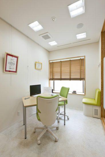 名古屋市東区の医療施設の2階カウンセリングルーム