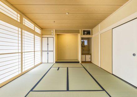 愛知県春日井市の注文住宅の茶道用の炉がある和室