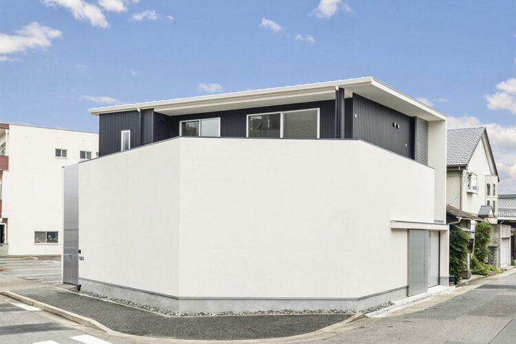 名古屋市千種区のインナーガレージのある注文住宅