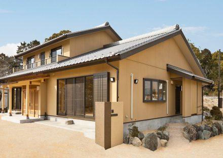 名古屋市緑区の注文住宅の庭石のある外構デザイン