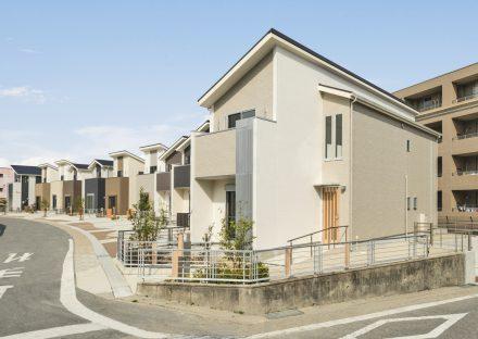 名古屋市名東区の戸建賃貸住宅の少しずつデザインの異なる11棟の戸建賃貸住宅