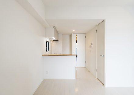 名古屋市北区のワンルームマンションのナチュラルカラーのLDK