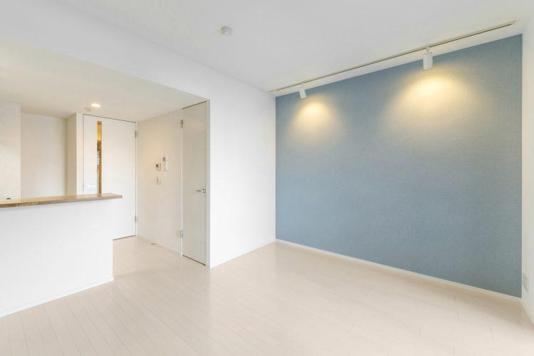 名古屋市北区のワンルームマンションのパステルカラーのLDK