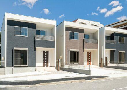 名古屋市緑区の戸建賃貸住宅のモダンなデザインの戸建賃貸住宅3棟