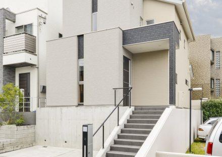 愛知県長久手市のシンプルでモダンな外観デザインの注文住宅