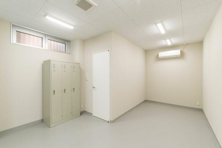 事務所施工例(名古屋市名東区) 倉庫