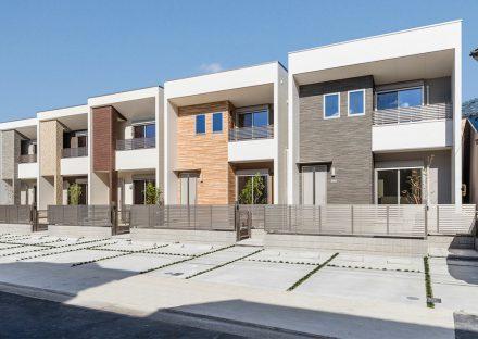 名古屋市熱田区の建物の前に2台駐車場のある戸建賃貸住宅