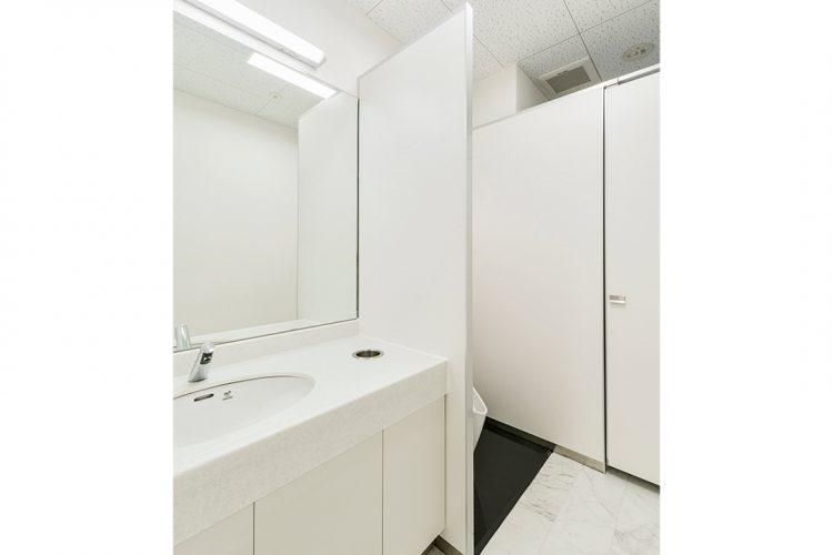 事務所施工例(名古屋市名東区) 1Fトイレ手洗い