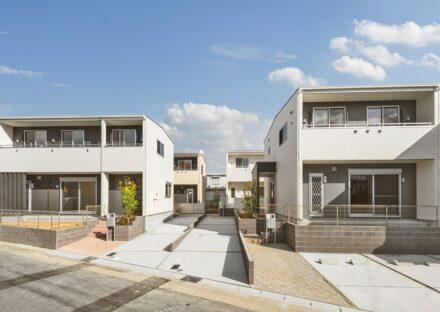名古屋市名東区のテイストを合わせた4棟の戸建賃貸住宅