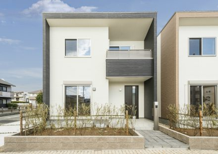 名古屋市南区のスクエア型のスタイリッシュな外観デザインの戸建賃貸住宅