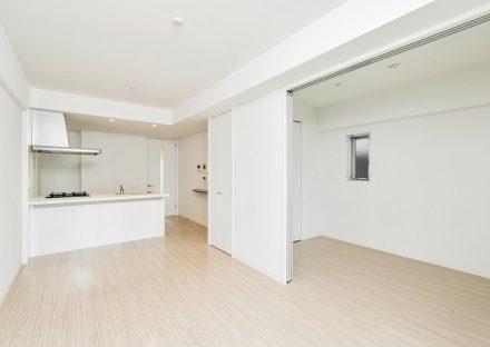 名古屋市西区の賃貸マンションのナチュラルテイストなLDK・洋室