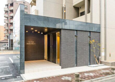 名古屋市東区の賃貸マンションのおしゃれな高級感のあるエントランス