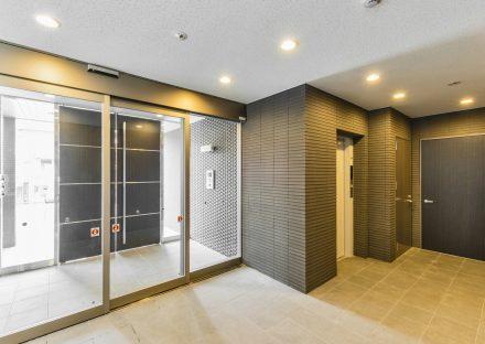 名古屋市名東区の賃貸マンションのオートロック付きエントランスホール