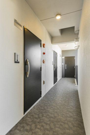 名古屋市中村区の賃貸マンションの共用廊下
