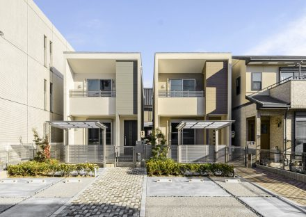 名古屋市中川区の戸建賃貸住宅のナチュラルカラーな外観デザイン