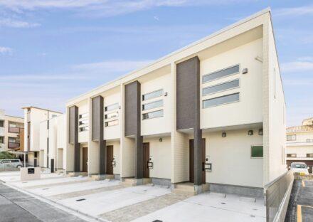 名古屋市中村区のモダンなデザインのメゾネットタイプ賃貸アパートと賃貸戸建住宅