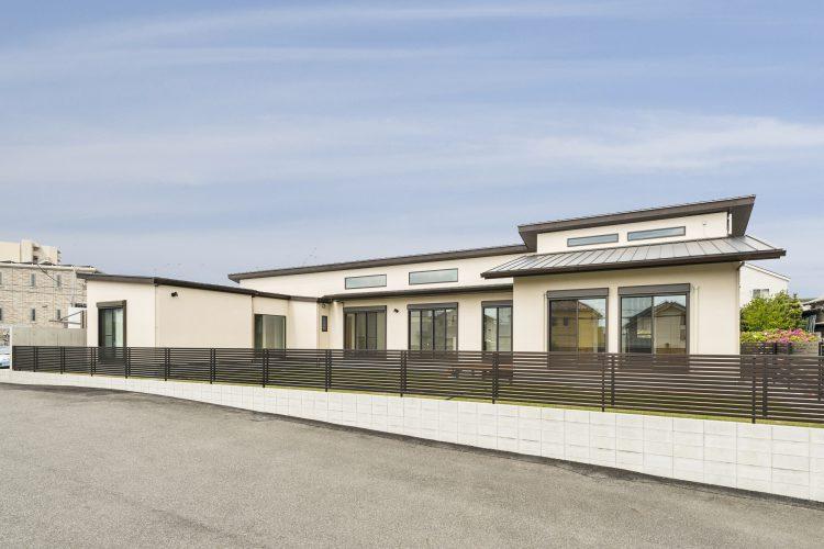 名古屋市瑞穂区の平屋の新築注文住宅シンプルなデザインの平屋の外観