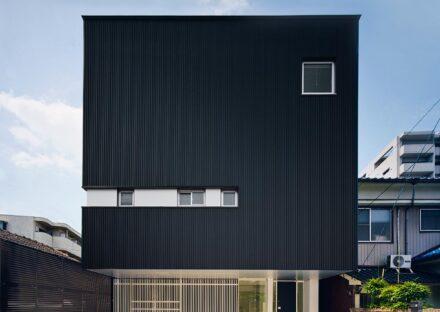 名古屋市千種区の注文住宅の正面外観