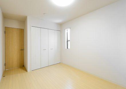 名古屋市天白区の戸建賃貸の収納付き洋室