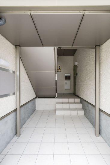 名古屋市南区の賃貸アパートエントランス