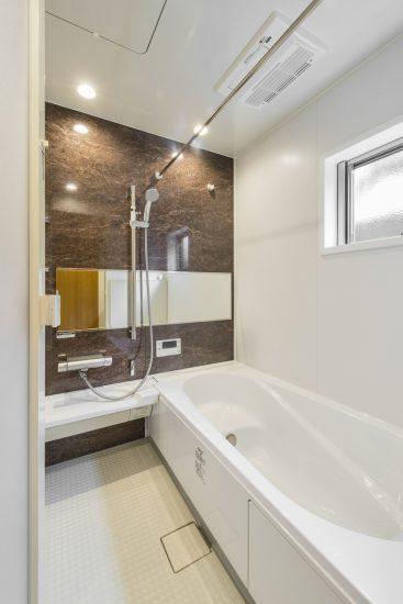 名古屋市名東区のナチュラルテイスト戸建賃貸住宅 バスルーム