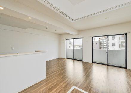 名古屋市名東区の賃貸マンションのおしゃれにデザインされたリビングダイニング