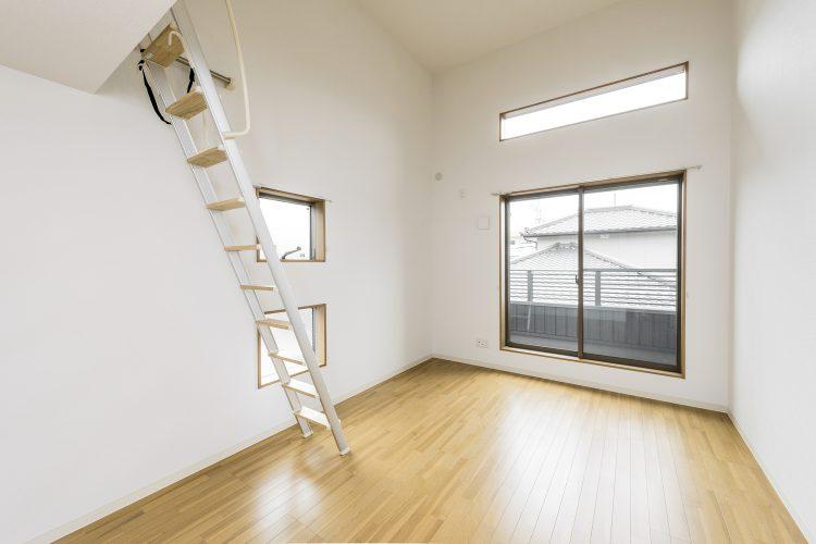 豊田市のロフト付き賃貸アパート 2F洋室