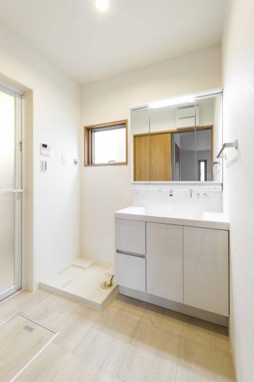 名古屋市名東区のナチュラルテイスト賃貸戸建住宅 洗面室