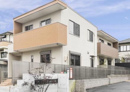 名古屋市名東区のナチュラルカラーの戸建賃貸外観