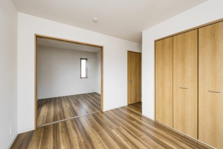 名古屋市名東区のナチュラルテイスト戸建賃貸住宅 2階洋室