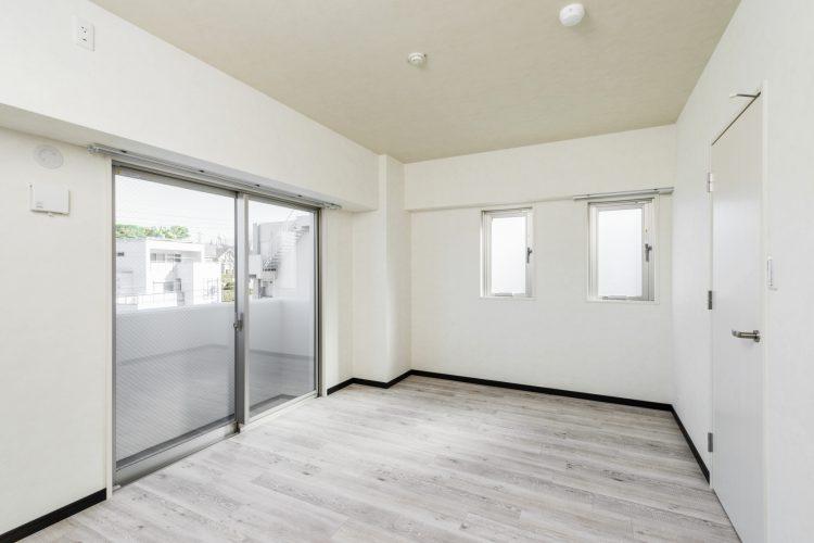 名古屋市瑞穂区のカラフル賃貸マンション施工例 洋室