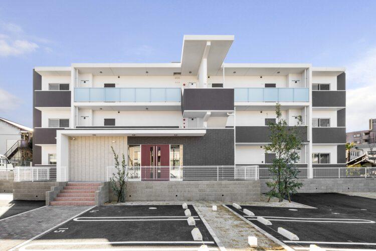 名古屋市瑞穂区のカラフル賃貸マンション施工例