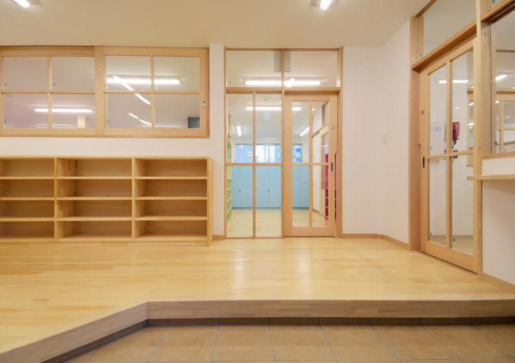 名古屋市守山区の保育園 玄関ホール