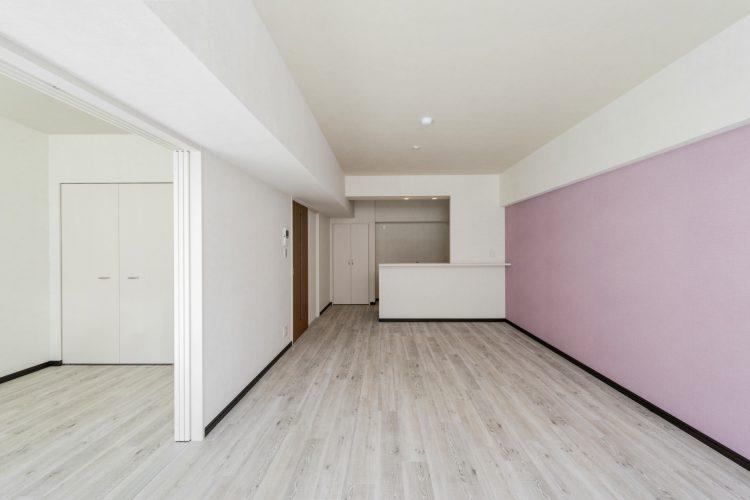 名古屋市瑞穂区のカラフル賃貸マンション施工例 ピンクのLDK