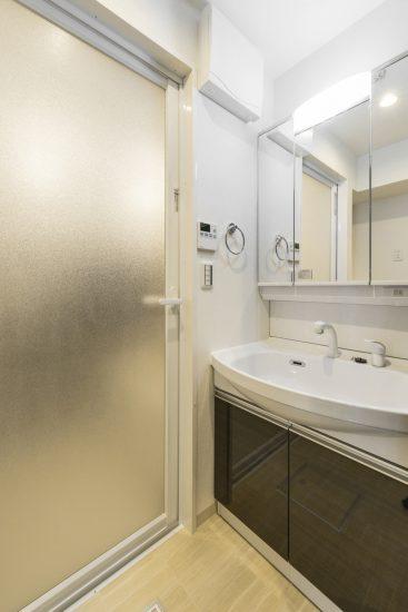 岐阜市の賃貸マンション施工例 洗面室