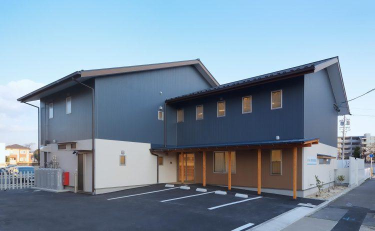 名古屋市守山区の保育園 外観 北西面 駐車場