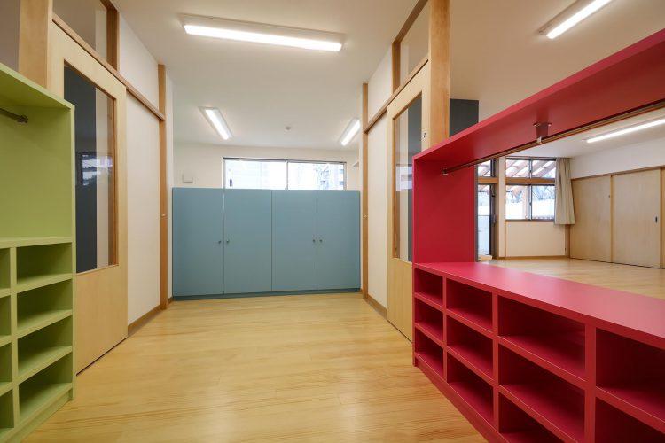 名古屋市守山区の保育園 1階前室