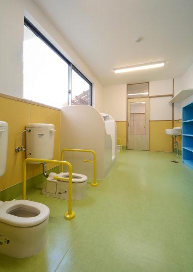 名古屋市守山区の保育園施工例 子どもトイレ