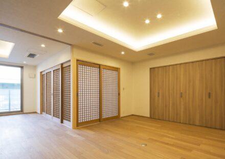 名古屋市西区の賃貸併用住宅のオーナー様宅和と洋を融合したおしゃれなダイニング
