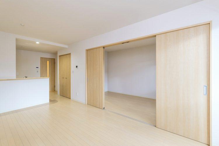名古屋市中村区の木造3階建賃貸アパートのナチュラルテイストなLDK+洋室
