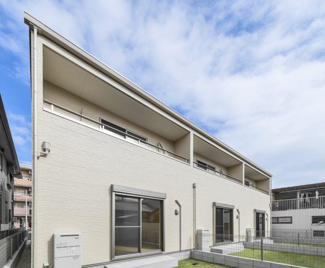 名古屋市中川区の2階建てメゾネット賃貸アパートの裏側写真