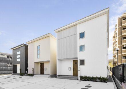 愛知県あま市の異なる外観デザインのモダンな戸建賃貸住宅3棟
