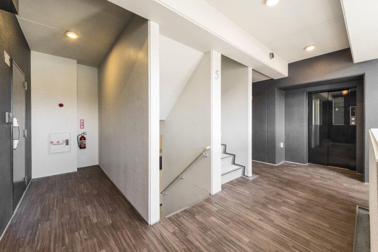 名古屋市西区の賃貸マンションの共用廊下
