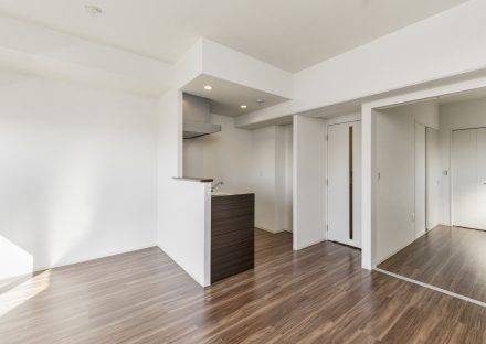 名古屋市西区の賃貸マンションの1LDKタイプのリビングダイニング&洋室