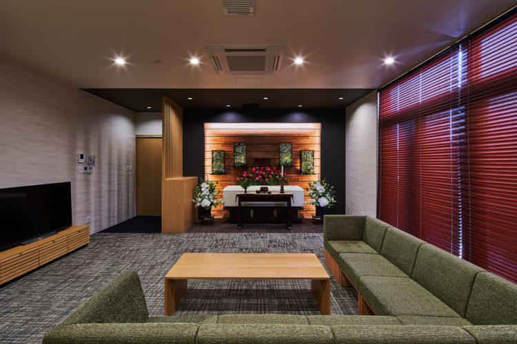 名古屋市南区の商業施設:葬儀場の控室