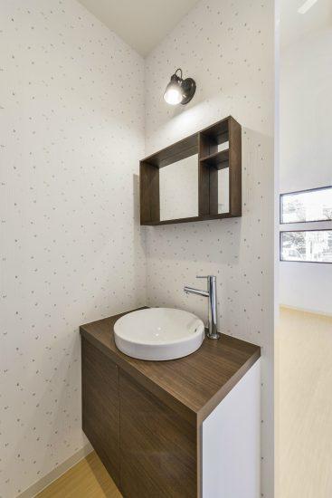 名古屋市名東区の医療施設のおしゃれな手洗い場