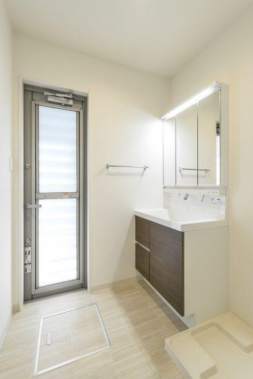 愛知県一宮市の賃貸アパートのシンプルな洗面室